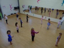 Danse moderne 6-8 ans
